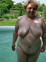 Big breasted mature dames swimming nude in pool - Chubby Naturists